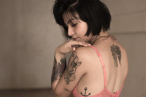 using aveeno daily moisturizer on tattoos